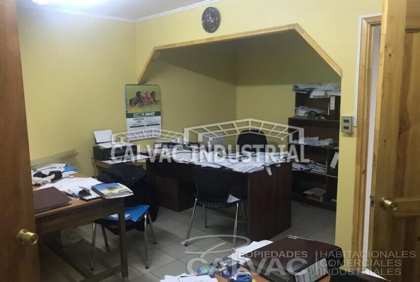 venta-propiedad-comercial-con-galpon-oficinas-en-conchali-10