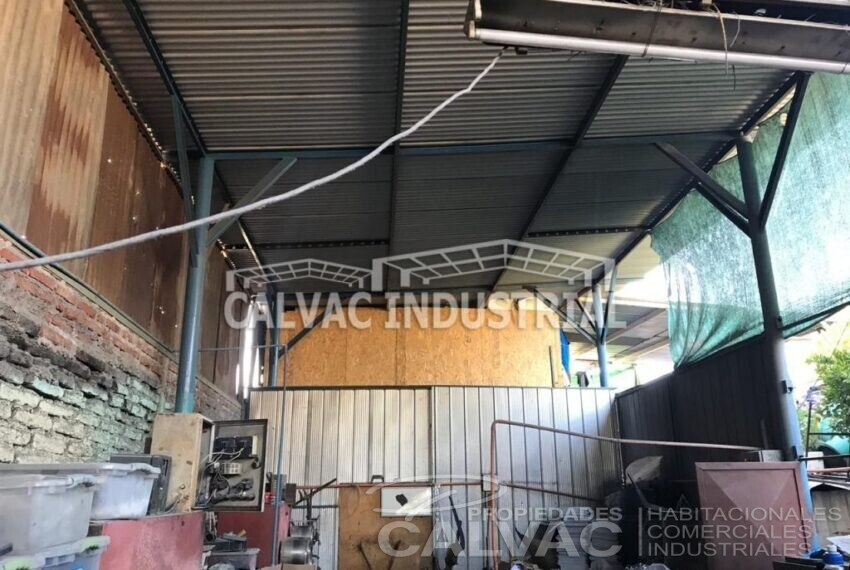 venta-propiedad-comercial-ideal-para-taller-bodegaje-2